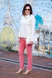 Affordable Women Outfit Ideas For Summer With Sweaters28