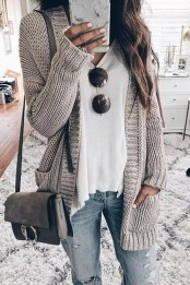 Affordable Women Outfit Ideas For Summer With Sweaters40