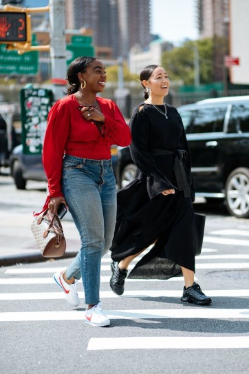 Charming Sneakers Shoes Ideas For Street Style 201914