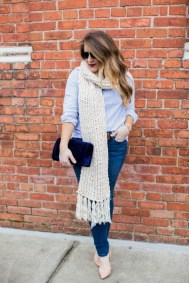 Charming Winter Outfits Ideas To Go To Office39