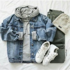 Elegant Winter Outfits Ideas For Men08