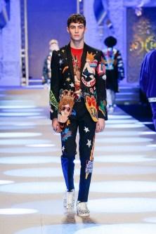 Elegant Winter Outfits Ideas For Men31