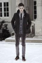 Elegant Winter Outfits Ideas For Men37