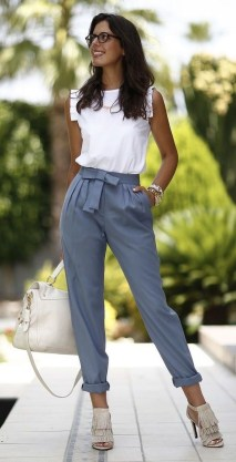 Fabulous Summer Work Outfits Ideas For Women18