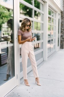 Fabulous Summer Work Outfits Ideas For Women21