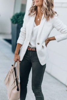 Fabulous Summer Work Outfits Ideas For Women22