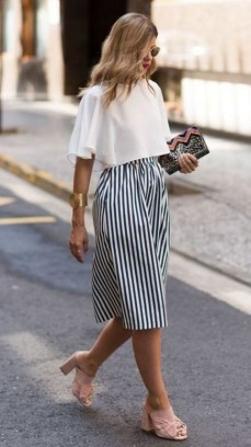 Fabulous Summer Work Outfits Ideas For Women44