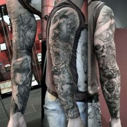 Gorgeous Arm Tattoo Design Ideas For Men That Looks Cool33