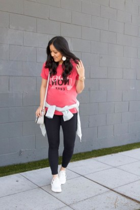 Inspiring Summer Outfits Ideas With Leggings To Try18