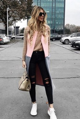 Inspiring Summer Outfits Ideas With Leggings To Try36