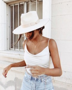 Modern Summer Outfits Ideas That You Can Try Nowadays16