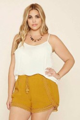 Trendy Plus Sized Style Ideas For Women09