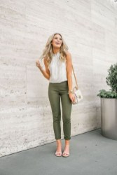Unique Office Outfits Ideas For Career Women34