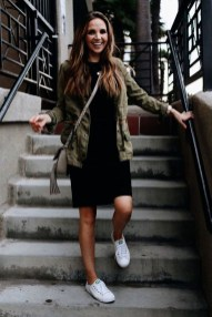Attractive Sneakers Outfit Ideas For Fall And Winter02