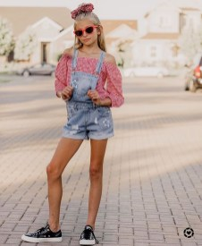 Comfy Tops Ideas That Are Worth For Girls18
