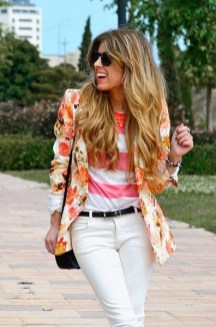 Cozy Combinations Ideas With Floral Blazers You Must Try12
