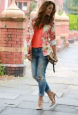 Cozy Combinations Ideas With Floral Blazers You Must Try18