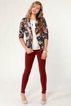 Cozy Combinations Ideas With Floral Blazers You Must Try28