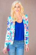 Cozy Combinations Ideas With Floral Blazers You Must Try39