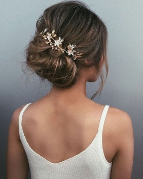 Elegant Wedding Hairstyle Ideas For Brides To Try36