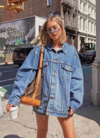 Flawless Outfit Ideas How To Wear Denim Jacket33