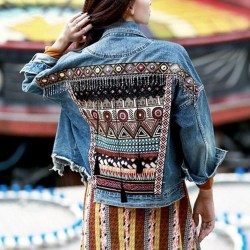 Flawless Outfit Ideas How To Wear Denim Jacket37