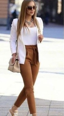 Impressive Spring And Summer Work Outfits Ideas For Women21