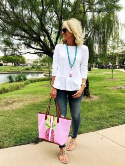 Inspiring Spring And Summer Outfits Ideas For Women Over 4022