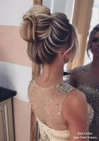 Unique Bun Hairstyles Ideas That Youll Love20