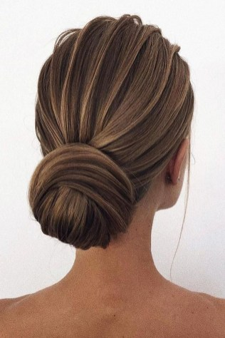 Unique Bun Hairstyles Ideas That Youll Love32