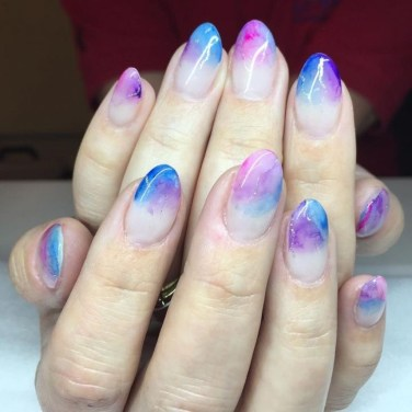 Unusual Watercolor Nail Art Ideas That Looks Cool04