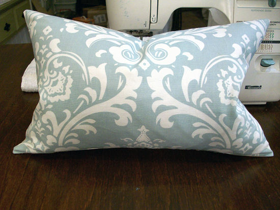 How To Sew A Basic Throw Pillow Decorative Cushion