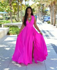 STUNNING FREE FLOWING MAXI DRESS