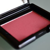 Oriflame Blush Glowing Peach
