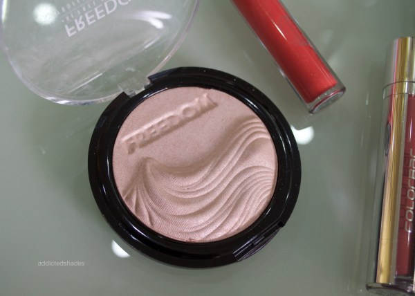 Freedom Makeup Highlighter