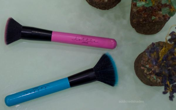 Lottie London Brush