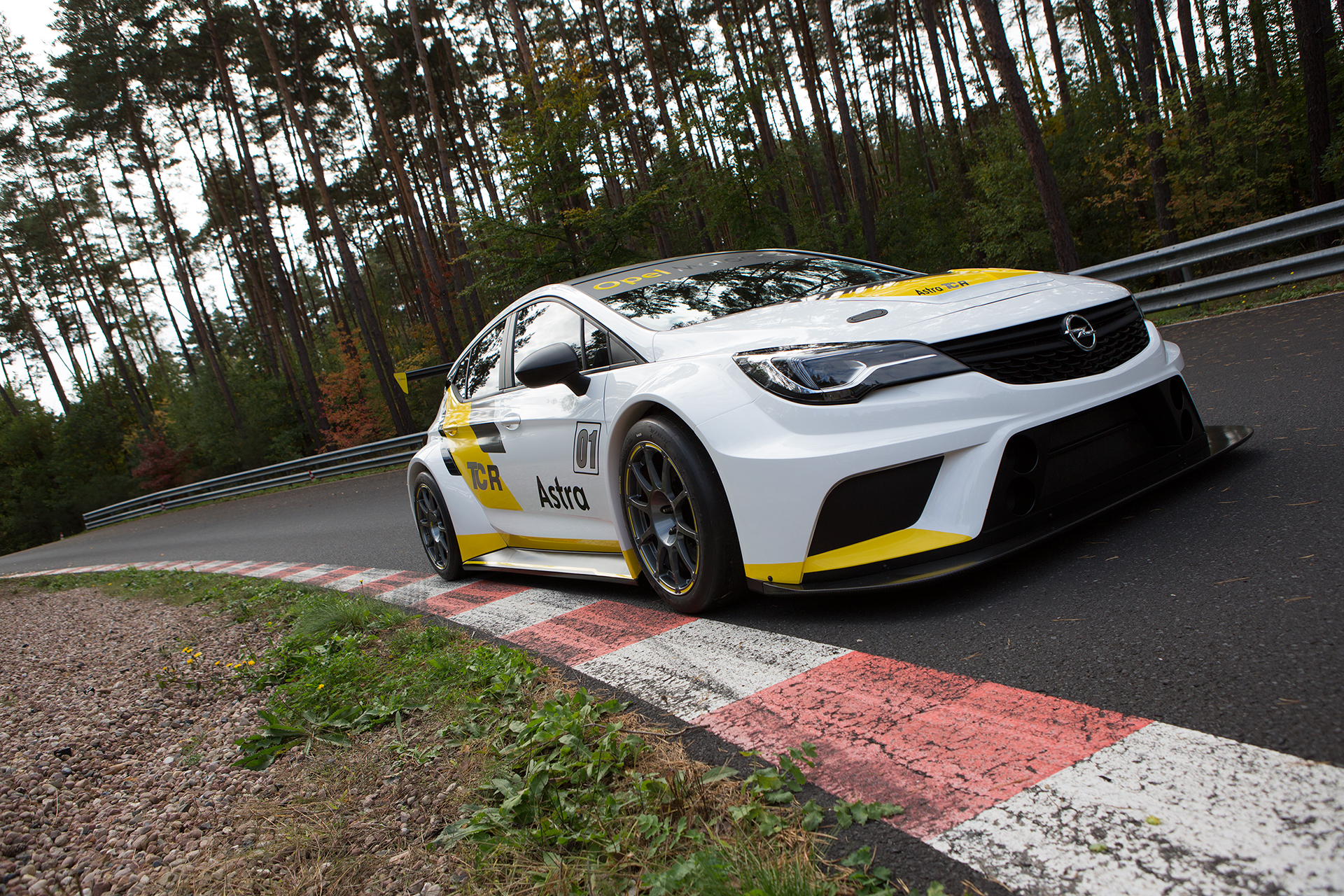 Before-Opel Astra TCR