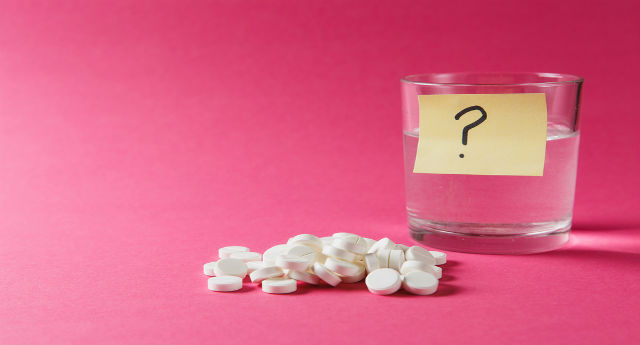 Does Tramadol contain acetaminophen?