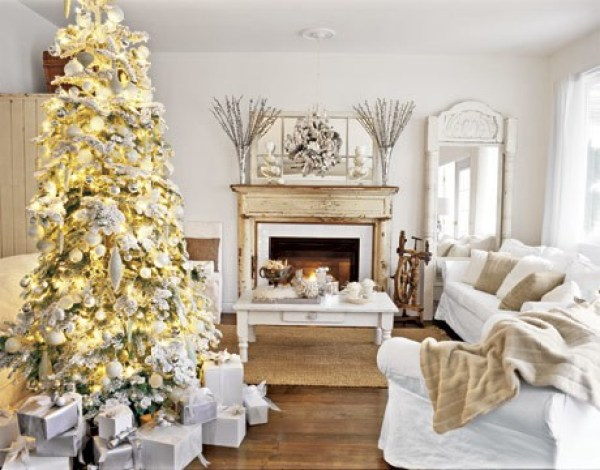 54ea5169ef66f_-_christmas-tree-white-room-htours1206-de