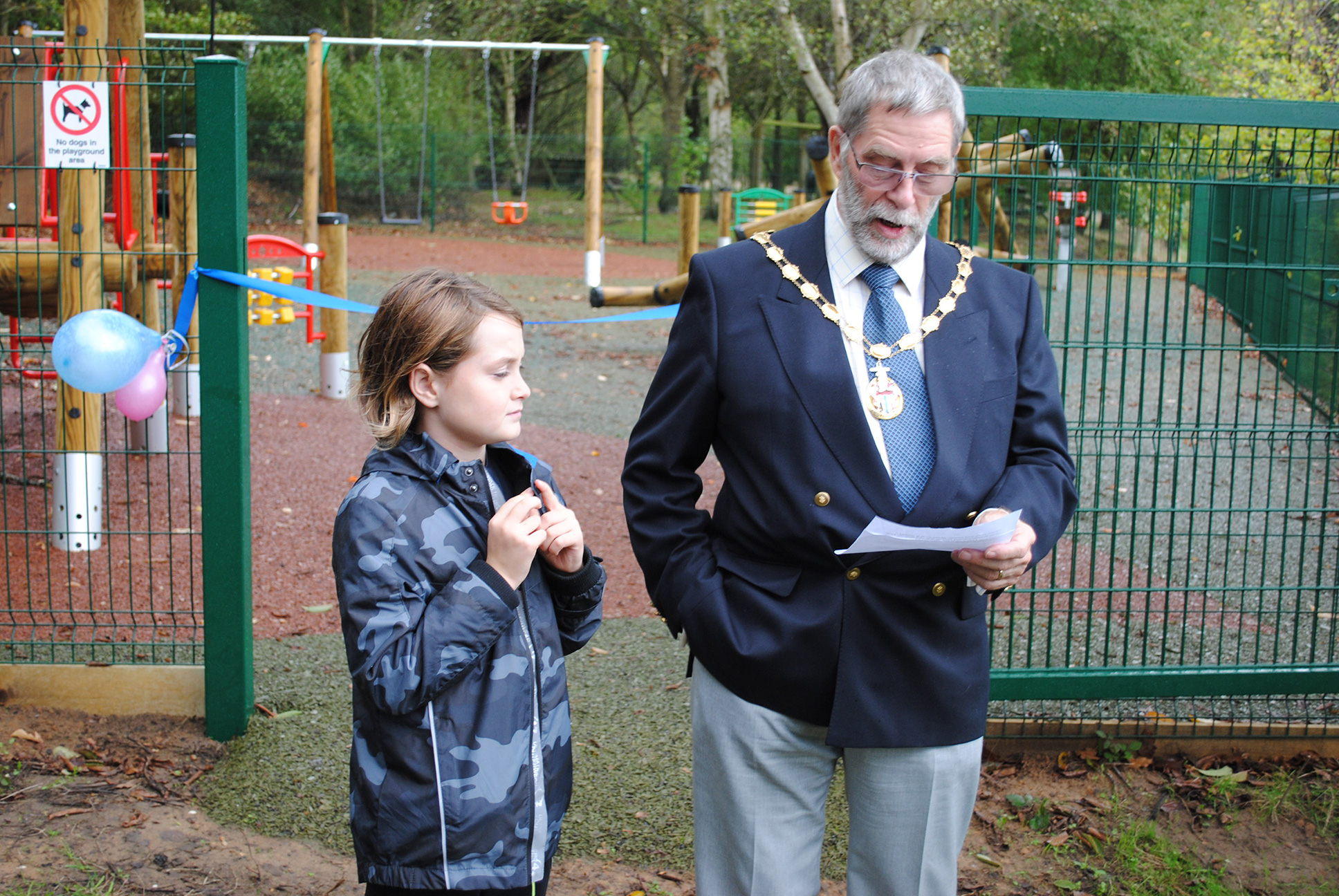 Deputy Mayor opens the playground