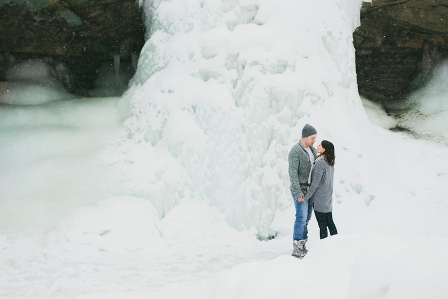 ice-cave-engagement-blue-hen-falls-pennisula-ohio-01