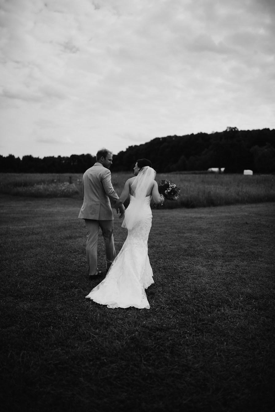 crown-point-ecology-center-wedding-akron-ohio-48