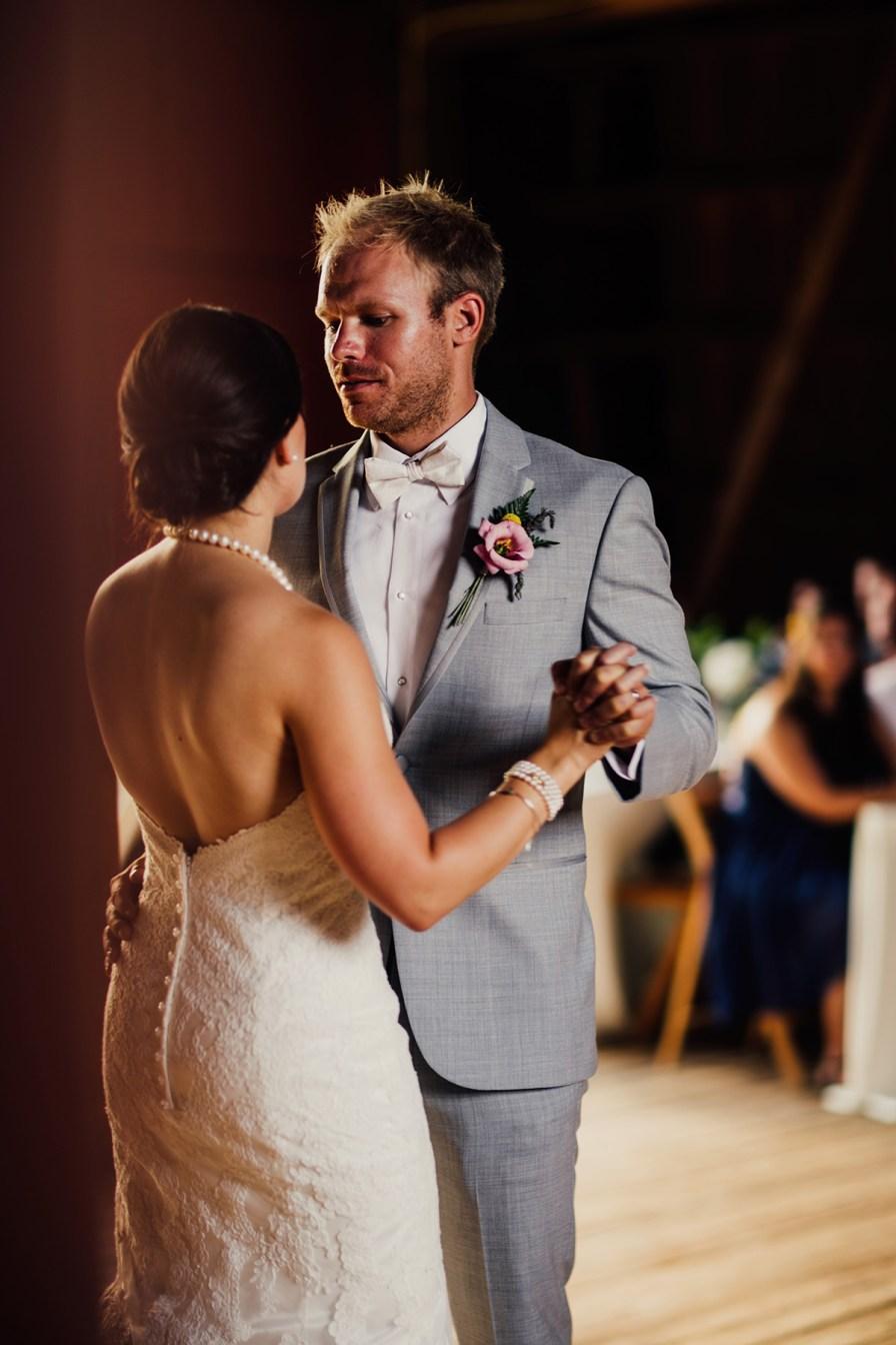 crown-point-ecology-center-wedding-akron-ohio-60