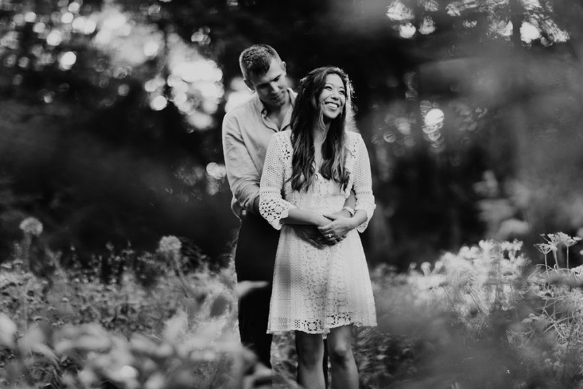 ann-arbor-michigan-foggy-morning-engagement-session-nichols-arboretum-16