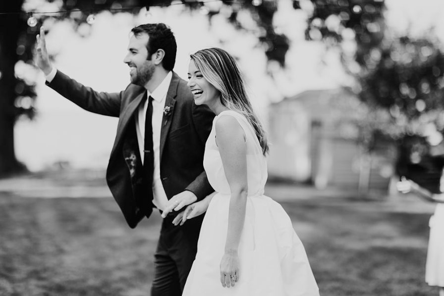 lake-erie-airbnb-backyard-wedding-cleveland-ohio-057