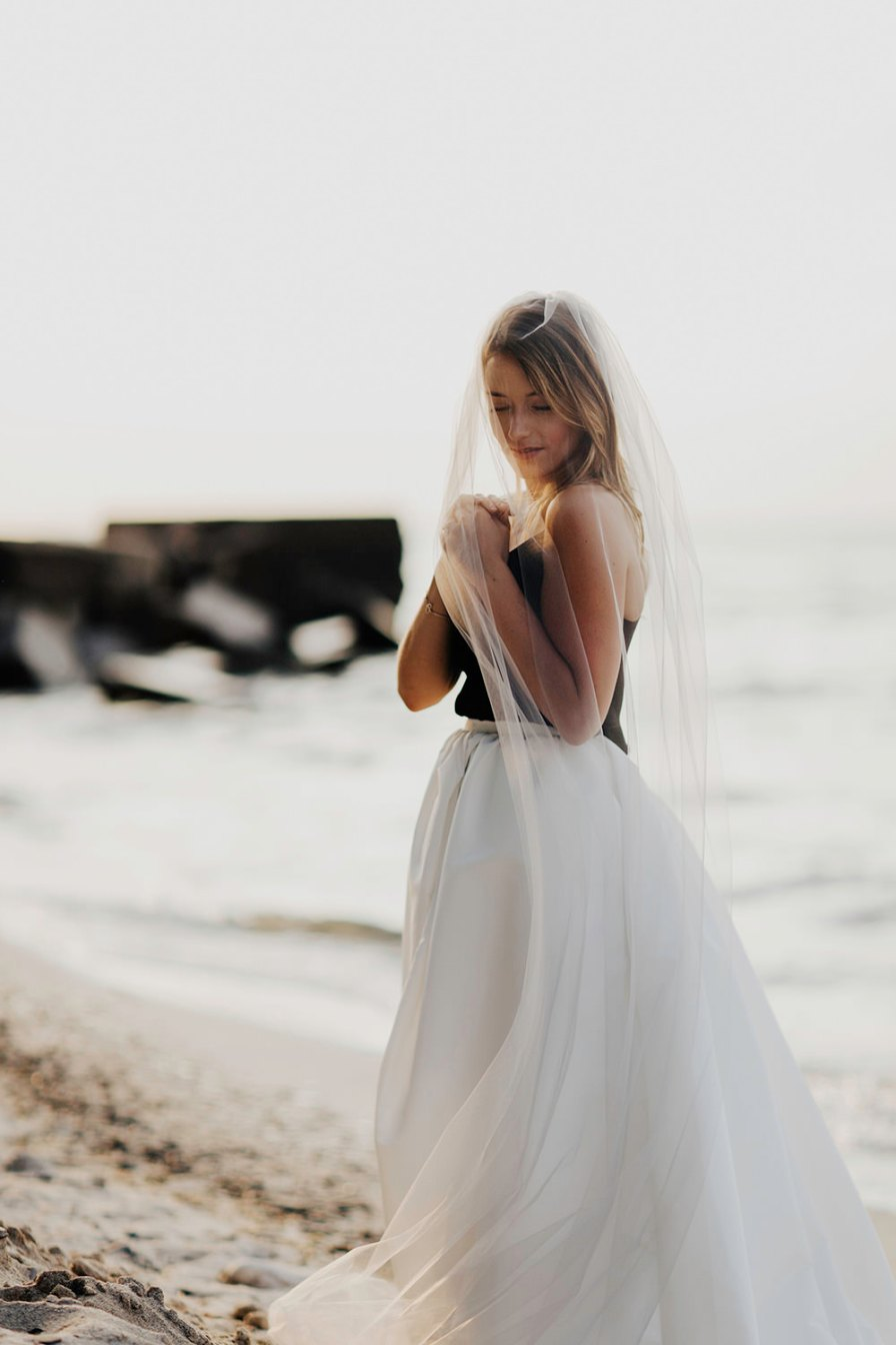 lake-erie-airbnb-backyard-wedding-cleveland-ohio-070