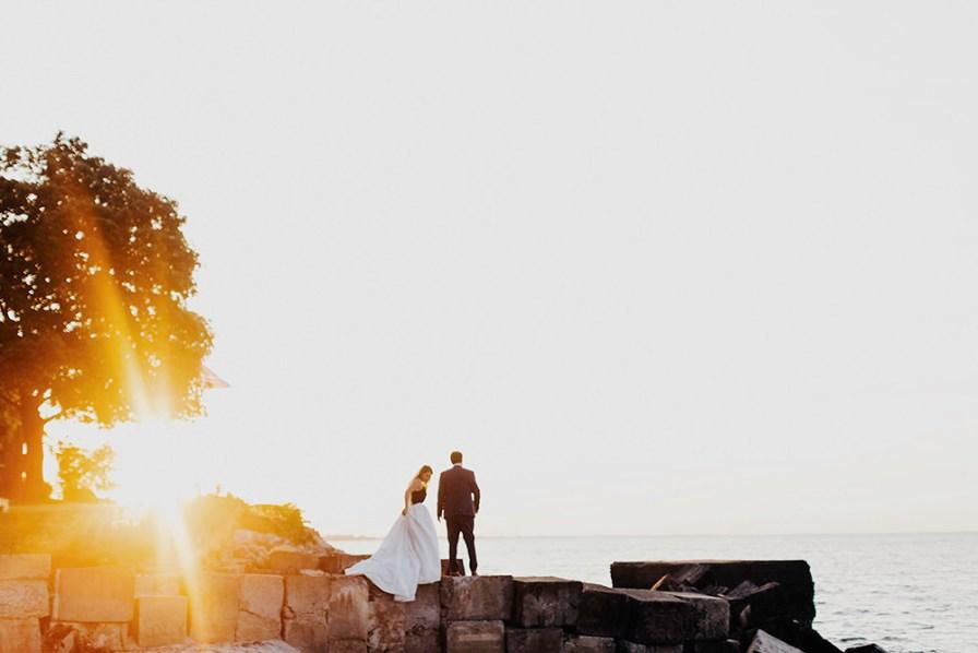 lake-erie-airbnb-backyard-wedding-cleveland-ohio-073