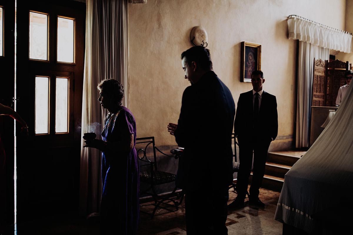 destination-wedding-photographer-la-hacienda-xcanatun-merida-mexico-070.jpg