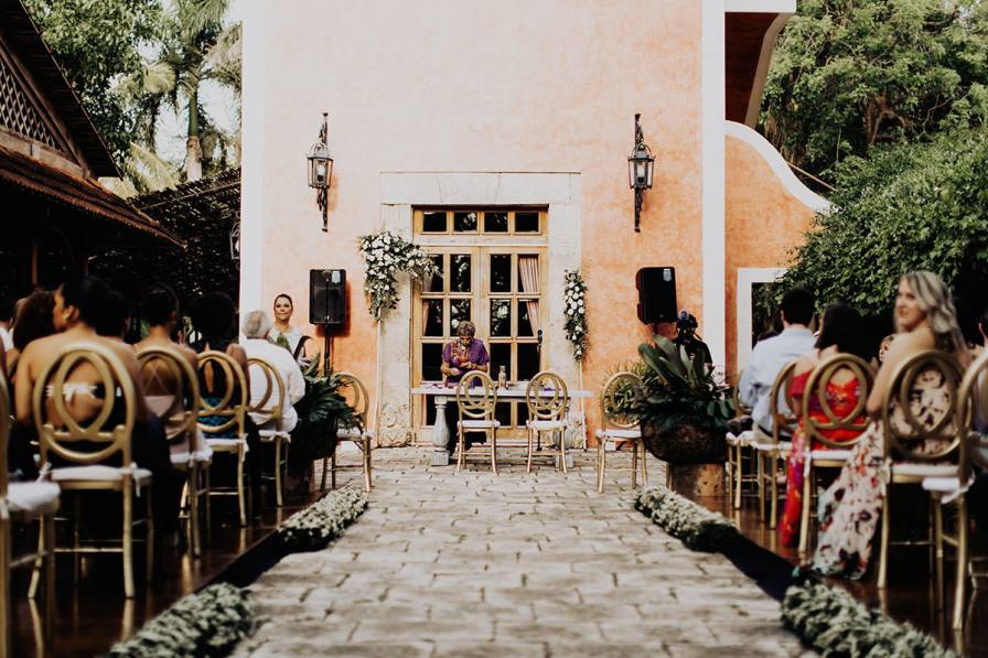 destination-wedding-photographer-la-hacienda-xcanatun-merida-mexico-084.jpg