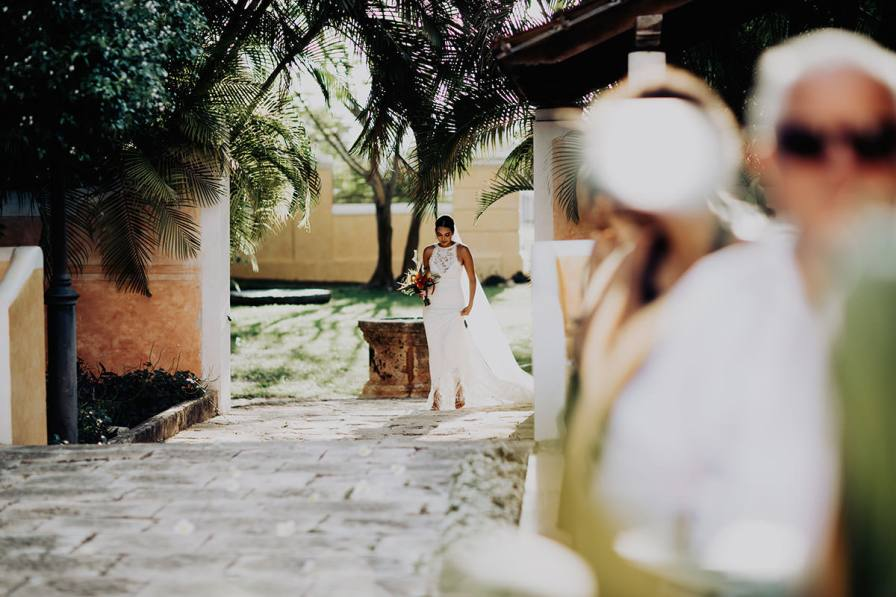 destination-wedding-photographer-la-hacienda-xcanatun-merida-mexico-092.jpg
